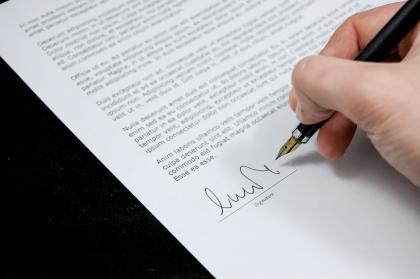Ministerka školstva podpísala s odborármi nový poriadok pre učiteľov