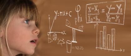 Vedkyňa Mária Zentková predstavuje fyziku deťom